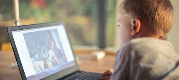Jak wybrać laptop dla 9-latka