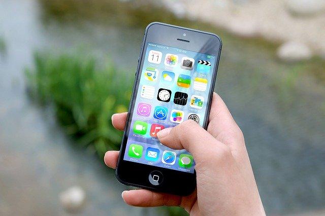 Aplikacje na telefon, które ułatwią podróżowanie